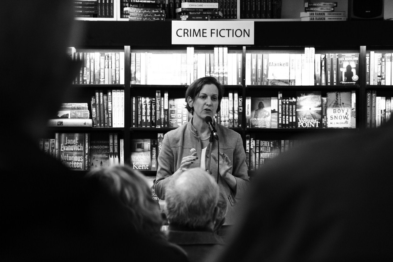 Anne Applebaum speaking to the crowd.