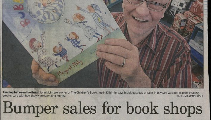 """Bumper sales for book shops"" article, Dominion Post, 23rd December 2008"
